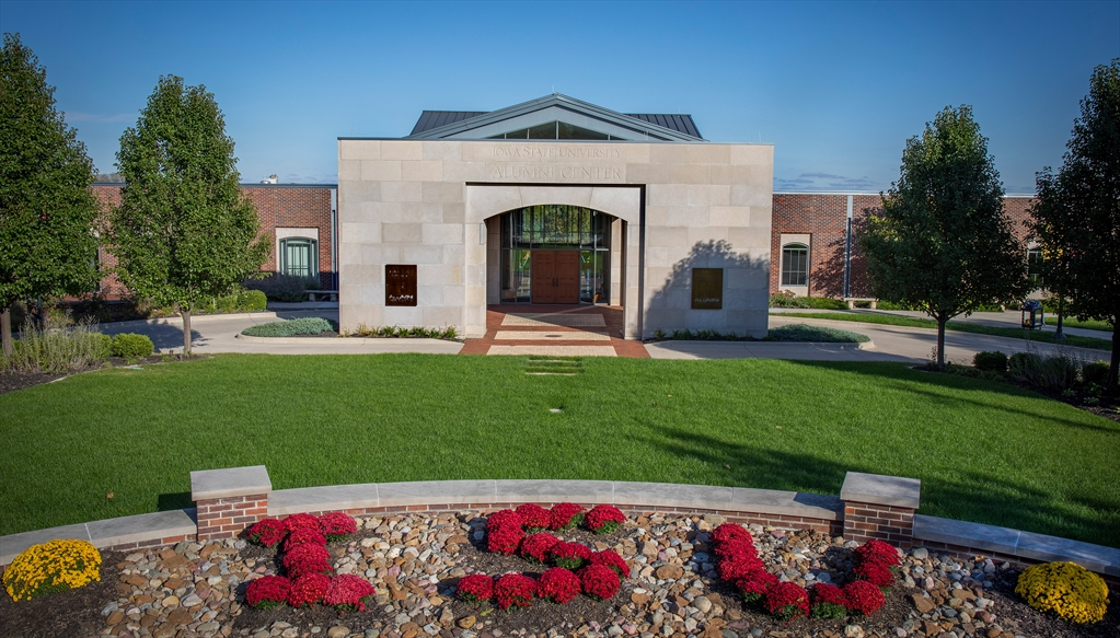 Iowa State University Alumni Hall